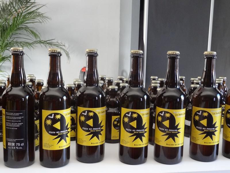 Préférence etiquetage des bouteilles de bière blonde - micro brasserie - La  FF26